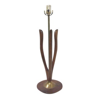 Laurel Walnut Wishbone Lamp