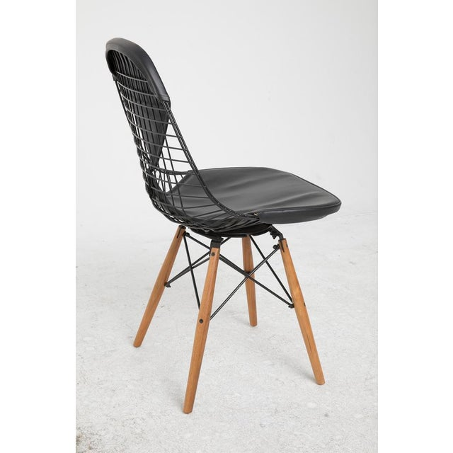 Eames Dowel-Leg Wire Chair - Image 4 of 7