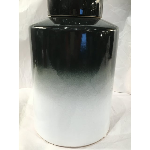 Black Ombre Ceramic Lidded Urn - Image 3 of 4