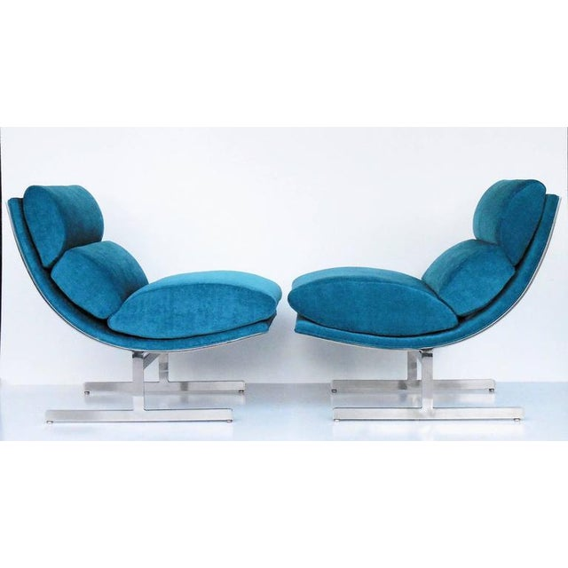 A Pair of Modernist Lounge Chairs by Kipp Stewart - Image 5 of 5