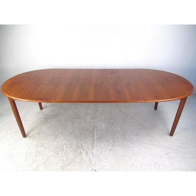 Mid-Century Modern Danish Teak Dining Table & Model 11 Moller Dining Chairs - Image 3 of 10
