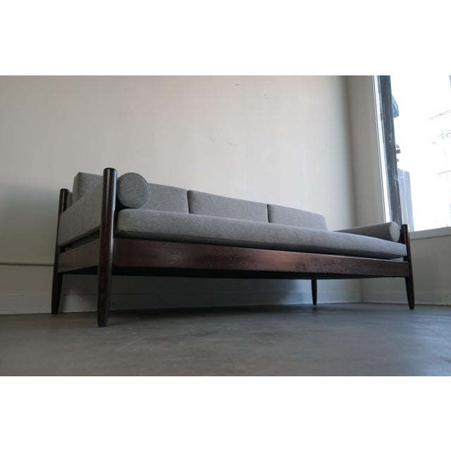 Rosewood Daybed by Sergio Rodrigues - Image 10 of 11