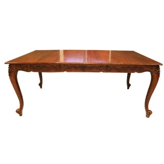 Antique French Provincial Dining Table With 2 Leaves