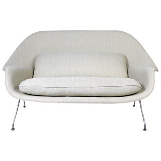 Womb Sofa by Eero Saarinen for Knoll
