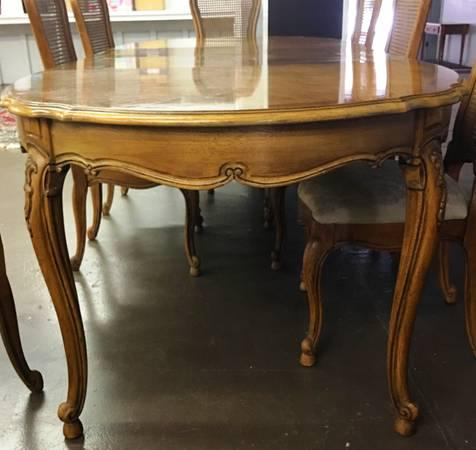 Vintage Thomasville French Court Dining Table U0026 Chairs   Set Of 9   Image 4  Of Part 38