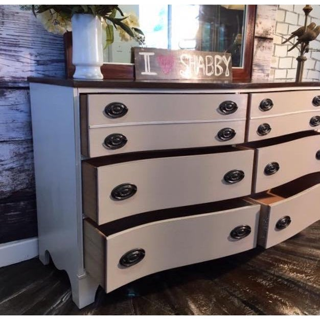 Vintage Bow Front Dresser With Mirror - Image 5 of 5