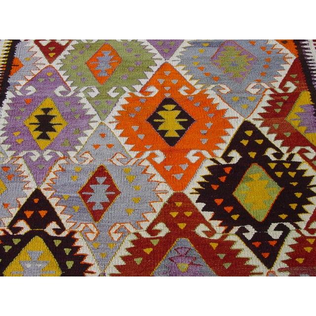 "Vintage Handwoven Turkish Kilim Rug - 4'11"" x 8'6"" - Image 3 of 10"