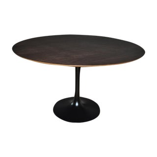 Tulip Base Dining Table
