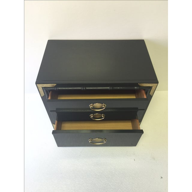 Huntley by Thomasville Lacquered Chest Side Table - Image 3 of 5