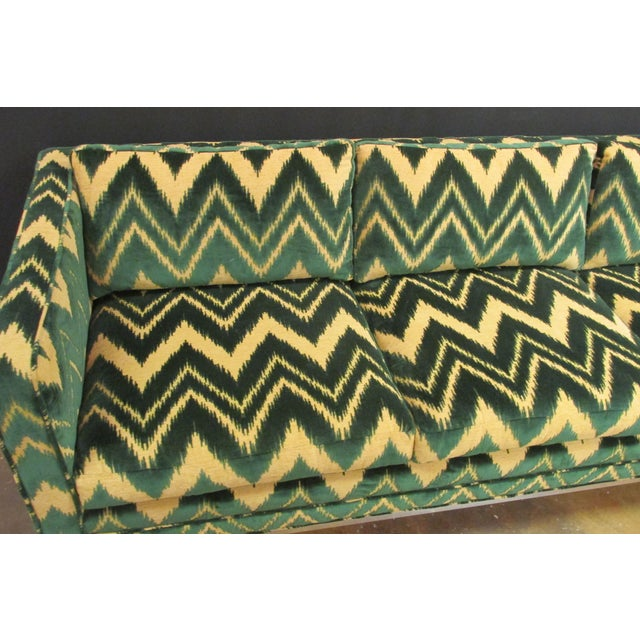 Vintage Chrome and Chevron Print Knoll Sofa - Image 5 of 6