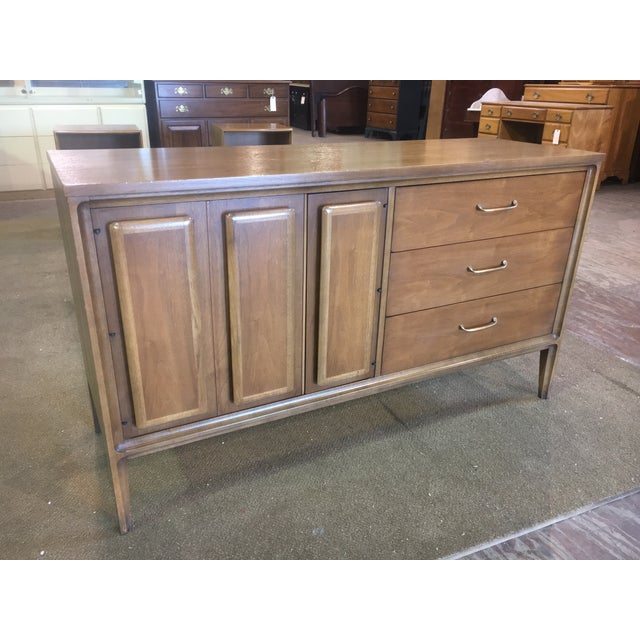 Mid Century Broyhill Premier Credenza Buffet - Image 2 of 10