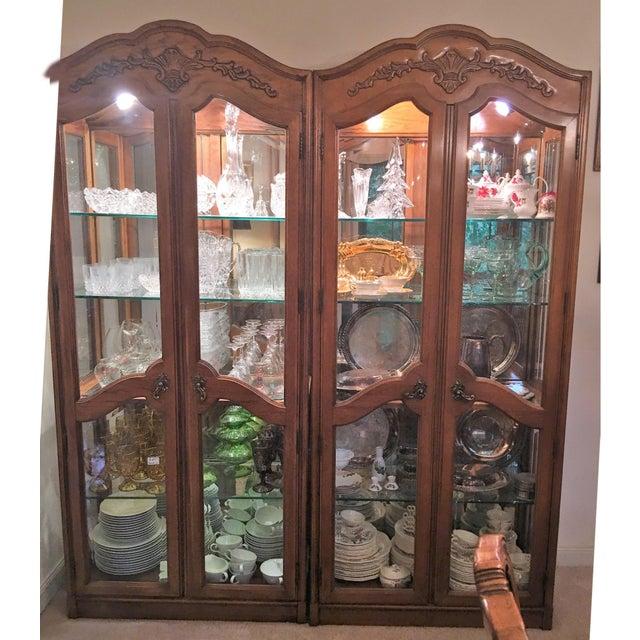 Led Glass Cabinet Shelf Light: Vintage Lighted Thomasville Glass Display Cabinet