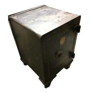 Antique Working Victor Safe