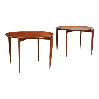 Svend Aage-Williamson & H. Engholm tray tables forFritz Hansen