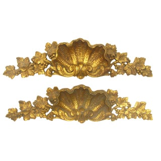 French Shell - Motif Bronze Doré Accents - A Pair