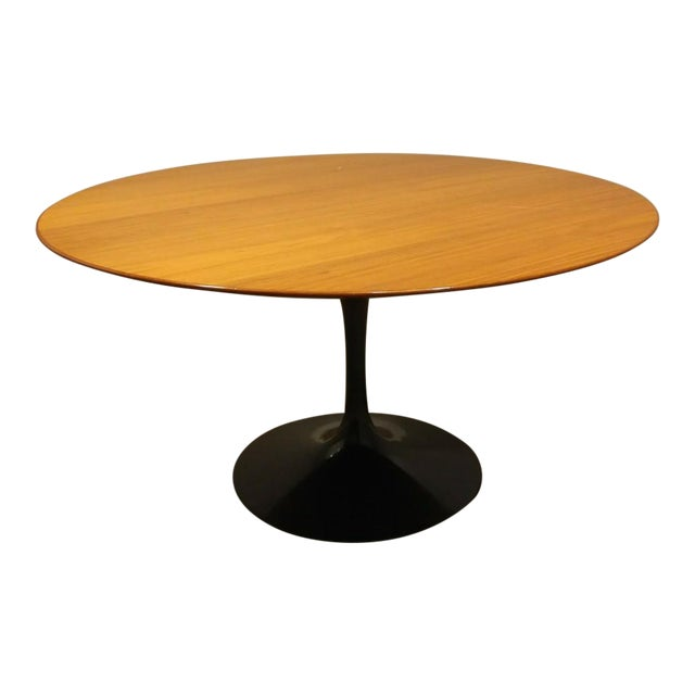 Knoll Saarinen 54w dining table - Image 1 of 7