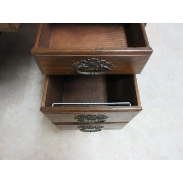 Ethan Allen Royal Charter Jacobean Carved Writing Office Desk - Image 4 of 8