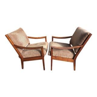 Mid-Century Modern Gunlocke Lounge Chairs - A Pair