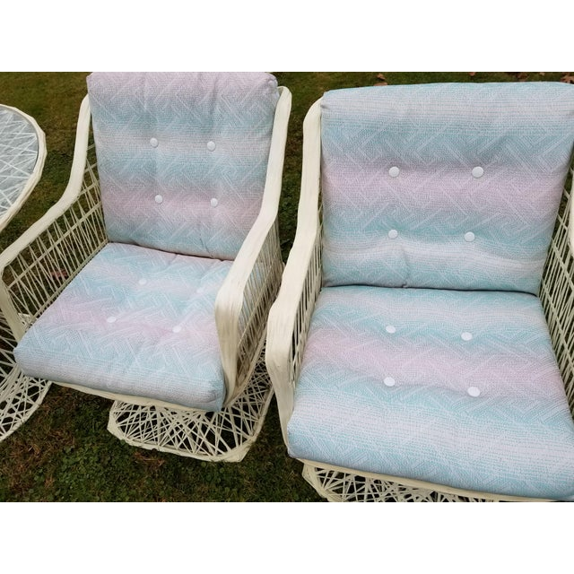 Russell Woodard Spun Swivel Fiberglass Style Chair Table Patio Set - Image 9 of 11