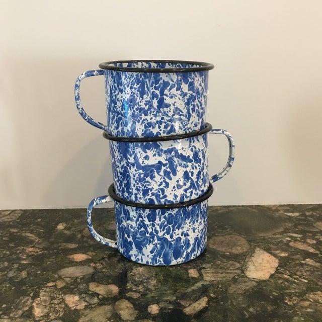 Enamel Spatterware Mugs - Set of 3 - Image 5 of 10