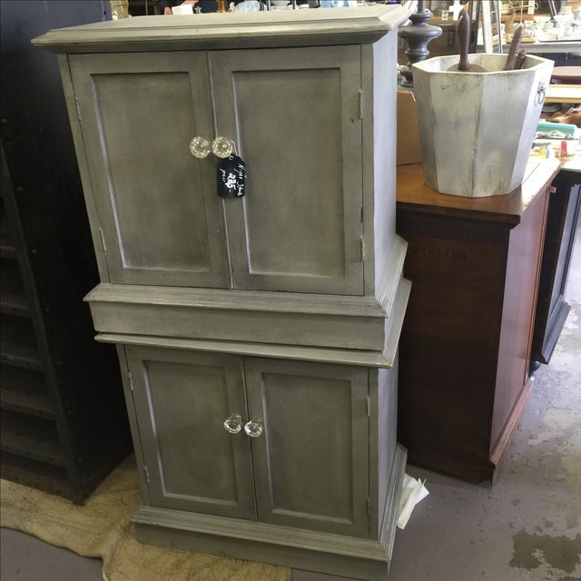 painted shabby chic nightstands a pair chairish. Black Bedroom Furniture Sets. Home Design Ideas