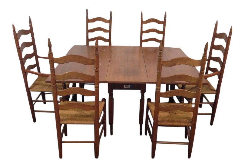 Colonial Style Carved Maple Dining Room Set   S/7