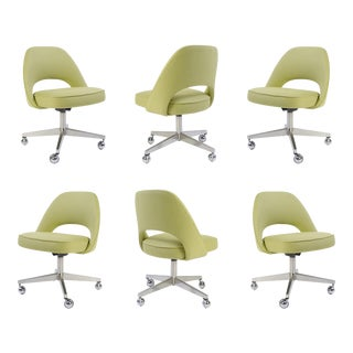 Saarinen Executive Armless Chairs with Swivel Bases in Green, Set of Six