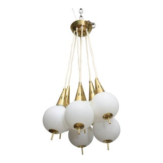Italian Modern Brass and Glass Eight-Light Chandelier in the Manner of Stilnovo
