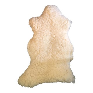 Authentic Sheepskin Throw/Rug - 2′2″ × 3′3″