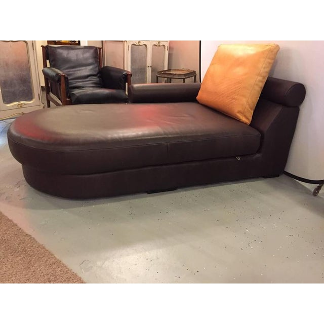 Roche bobois brown leather chaise longue or daybed chairish for Chaise longue roche bobois