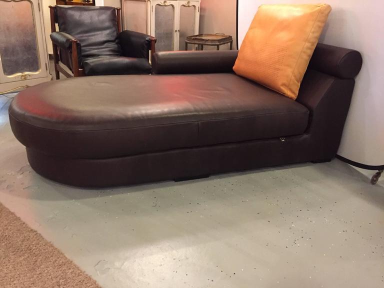 roche bobois chaise beautiful chaises de salon vintage en laiton de roche bobois set de with. Black Bedroom Furniture Sets. Home Design Ideas