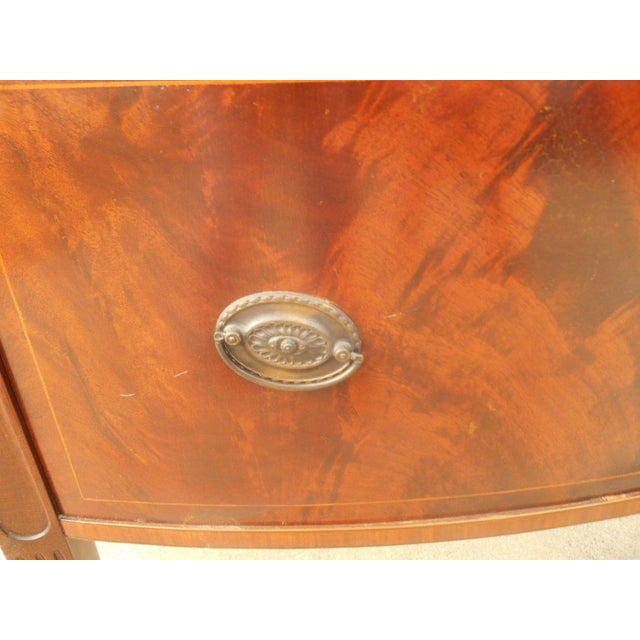 Antique Federal Serpentine Flame Mahogany Buffet - Image 7 of 11