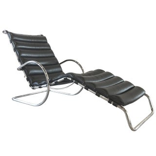 Ludwig Mies Van Der Rohe Mr Chaise Lounge