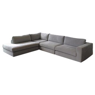 Dellarobbia Chase Sectional in Chalkboard
