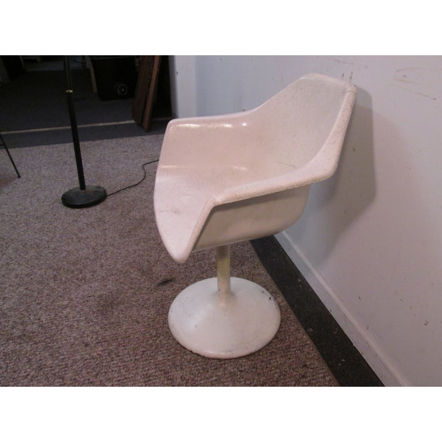 Mid Century Modern Eero Saarinen Tulip Base Chair - Image 3 of 11