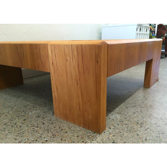 Large Wooden Coffee Table - Image 3 of 6