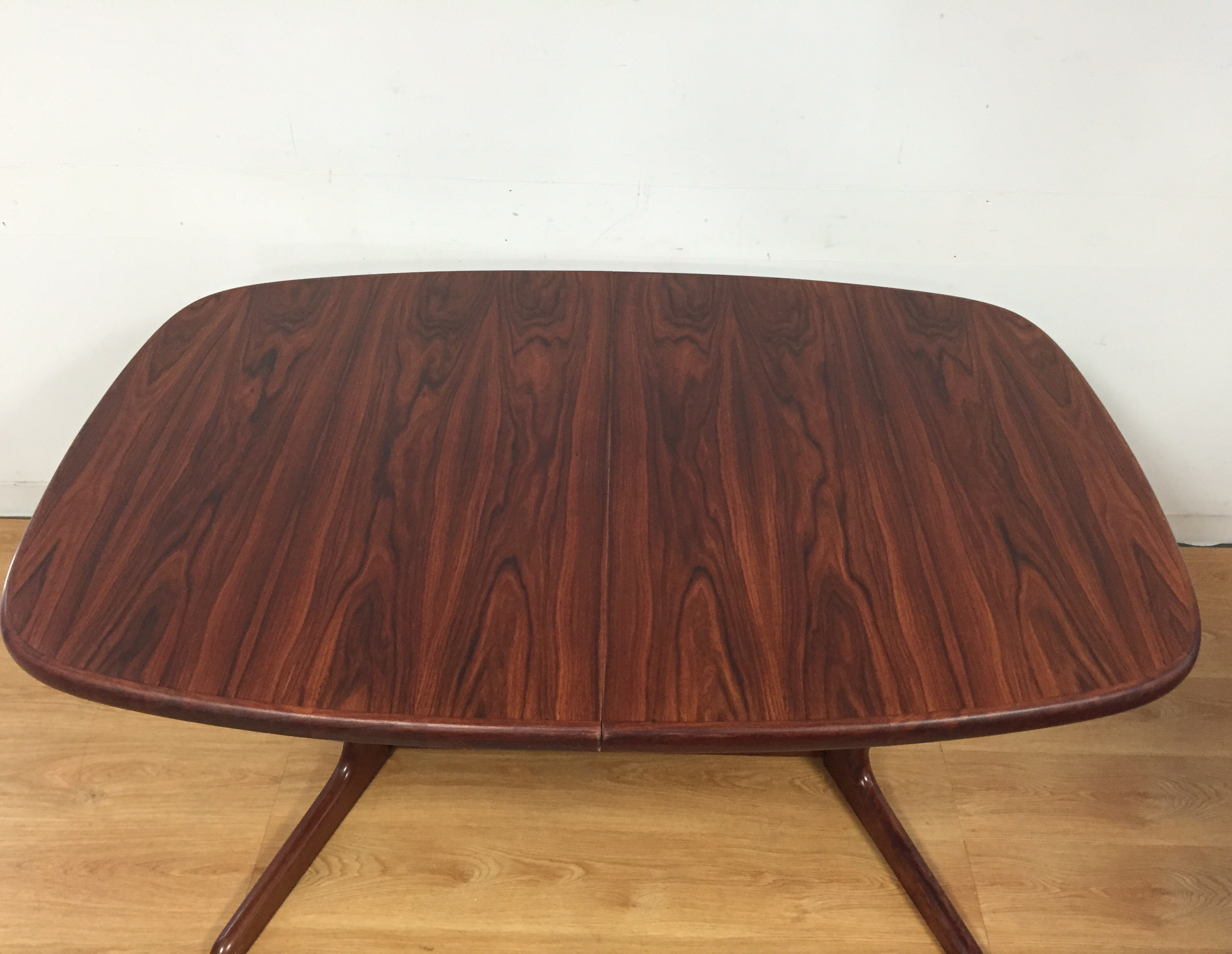 Rosewood Danish Dining Table by Rasmus Chairish : 9ab9c95e e89e 4de9 b943 f91c0279c0c2aspectfitampwidth640ampheight640 from www.chairish.com size 640 x 640 jpeg 33kB