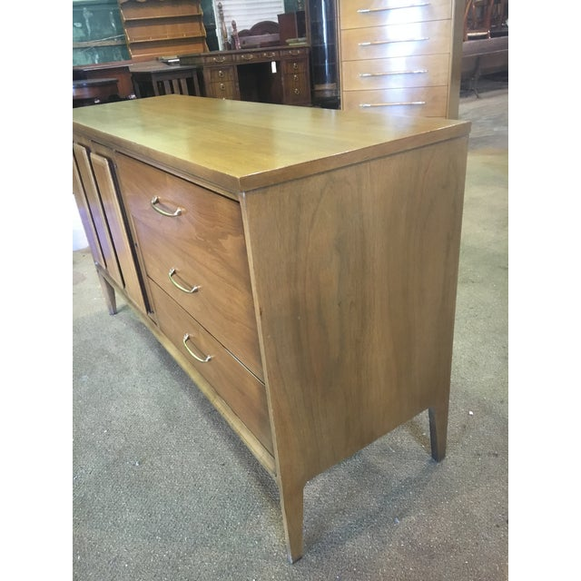Mid Century Broyhill Premier Credenza Buffet - Image 6 of 10