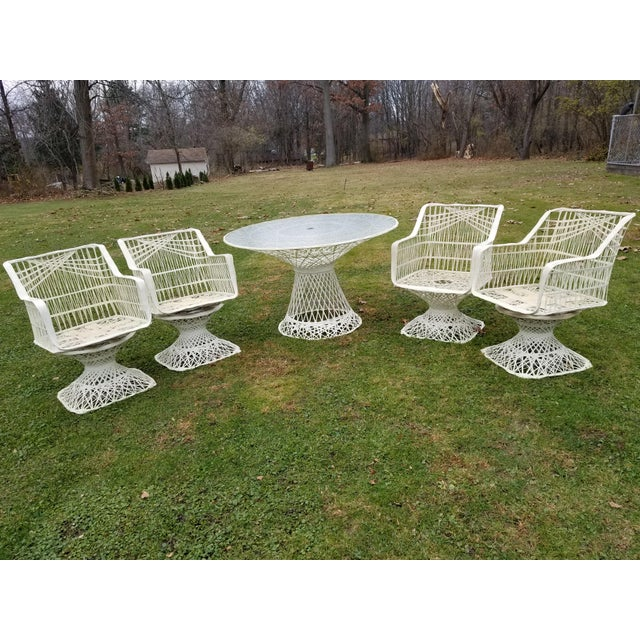 Russell Woodard Spun Swivel Fiberglass Style Chair Table Patio Set - Image 11 of 11
