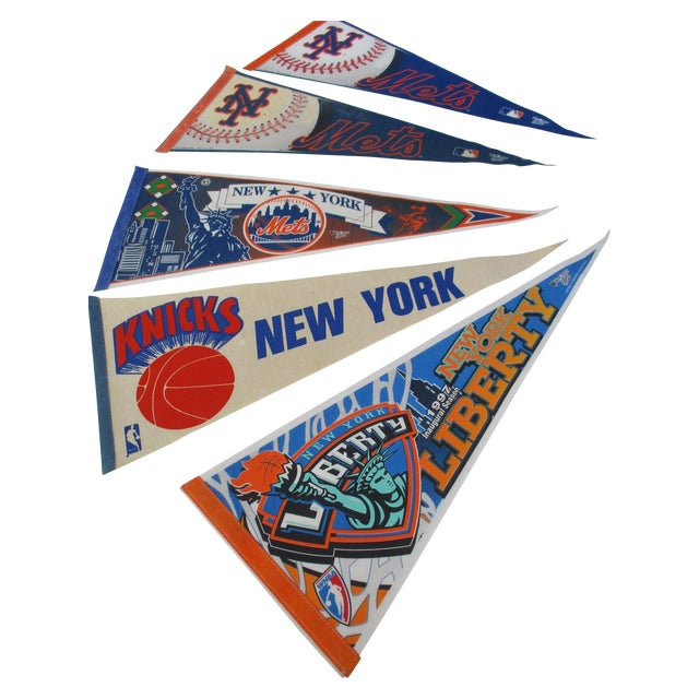 New York City Mets Knicks Pennants - Set of 5 - Image 1 of 10