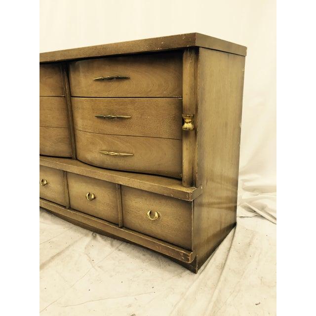 Basset Funiture: Bassett Furniture Mid-Century Dresser