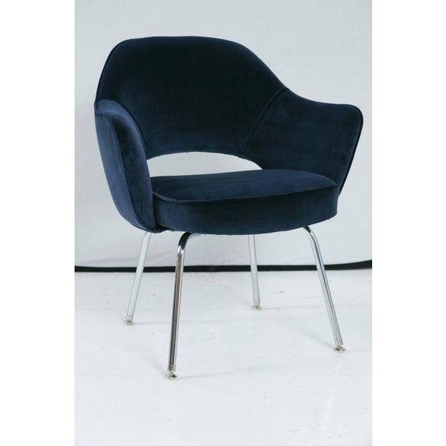 Saarinen Executive Armchair, Navy Velvet - Image 2 of 8