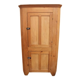 Early 19th Century Pennsylvania Pine Two-Door Corner Cupboard