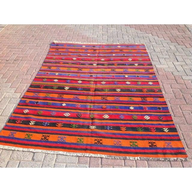 """Vintage Orange Turkish Kilim Rug, 5' 7"""" x 7' 7"""" - Image 2 of 6"""