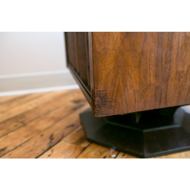 Mid Century Brutalist Paul Evans Styled Nightstands - a Pair - Image 5 of 9