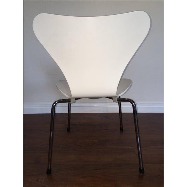 Image of Series 7 Fritz Hansen by Arne Jacobsen Child Chair