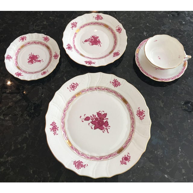 Herend Chinese Bouquet Raspberry Place Setting- 5 Pieces - Image 2 of 4