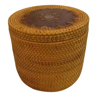 Lidded Round Basket With Wood Base