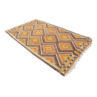 Turkish Traditional Hand-Knotted Rug - 5′ × 8′8″