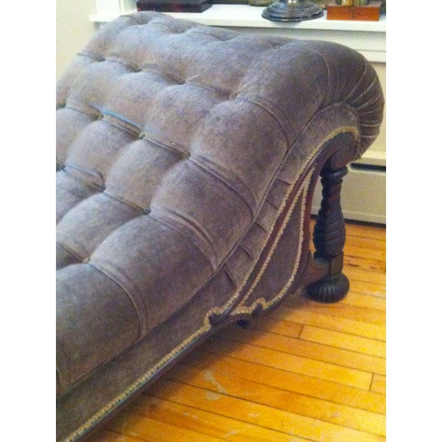 Antique chaise fainting couch chairish for Antique fainting couch chaise